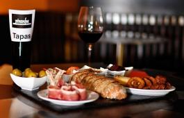 Tapas und Rotwein, Piranha Tapas Bar, Chur